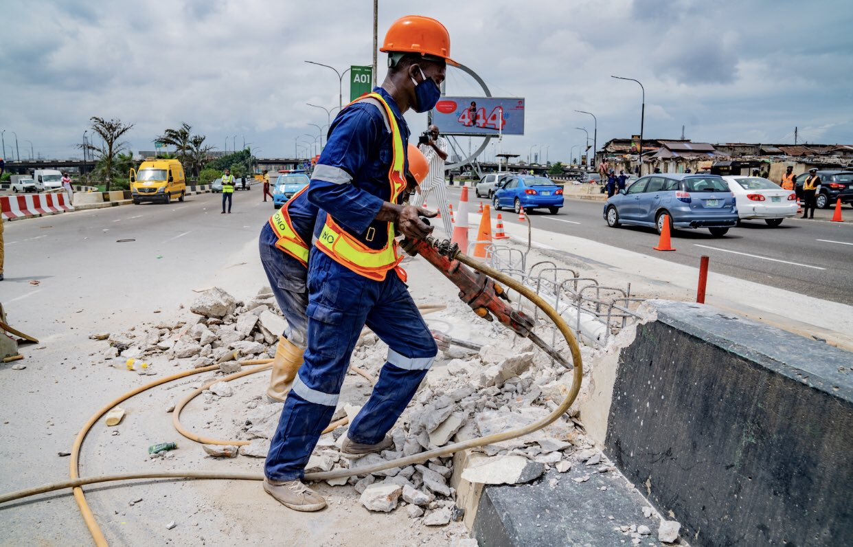 FG to focus on completing existing road projects in 2021- Fashola