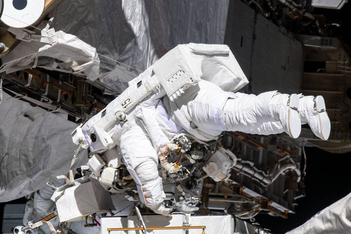 Two US astronauts set to return to Earth on August 1