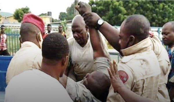 FRSC officer escapes lynching by angry mob in Delta