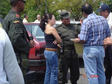 Diálogos Con Policía Villa del Lago