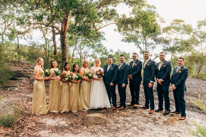 amazing-bridal-party-in-blue-mountains