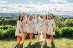 beautiful-australian-bridesmaids