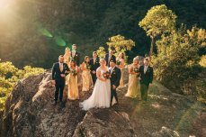 beautiful-bridal-party-blue-mountains