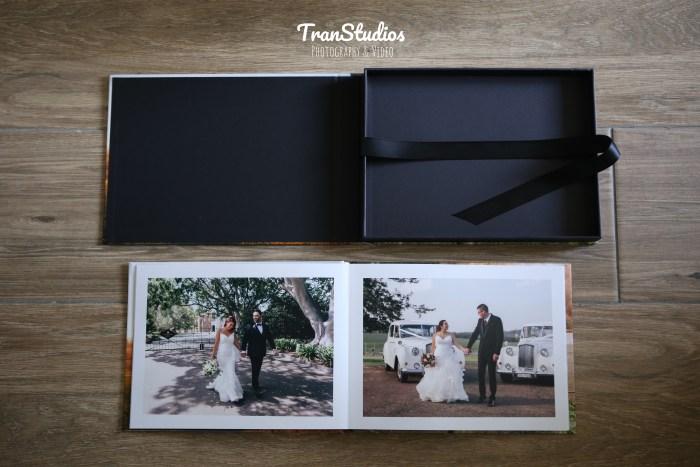 flatlay-wedding-album-20-page-premium-transtudios