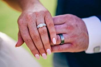 diamond wedding ring at Stonecutters ridge golf club_08