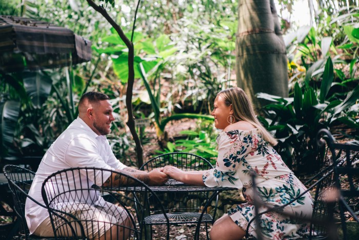 Engagement photoshoot at Wendy Whiteley's Secret Garden Lavender Bay_06