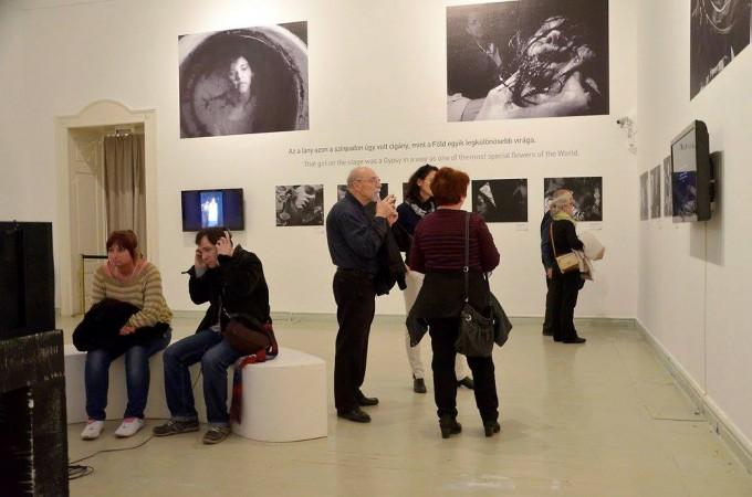 Fotó a Szobrás Malgot című kiállítás megnyitójáról, Műcsarnok, 2015. Forrás: Facebook