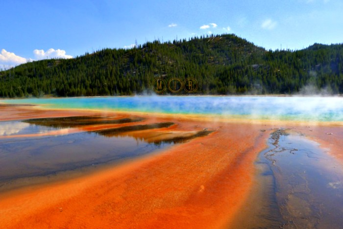 Yellowstone Grand Prismatic Pool