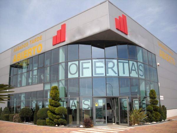 Edificio Industrial Comercial. Madrid, NE