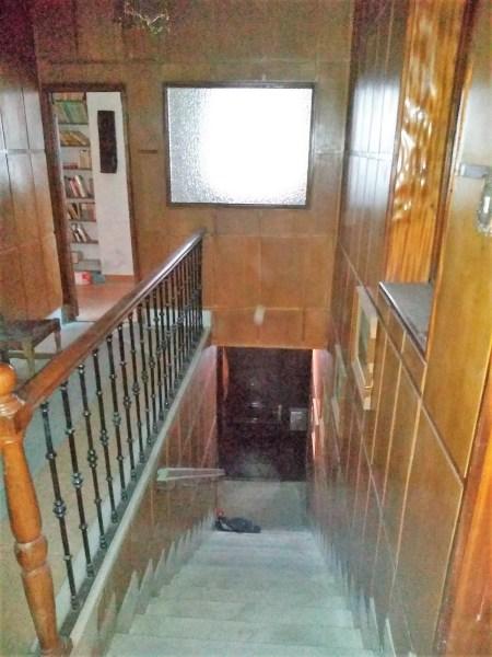 Se ofrece piso con entrada independiente susceptible alojamientos turísticos
