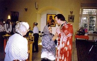 С о. Георгием Чистяковым. Москва, храм Космы и Дамиана в Шубине, 1995-1996