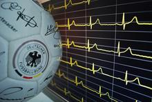 Ball-mit-EKG1_klein_89f7d3461b