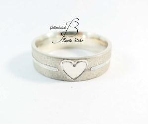 Ring mit Herz 4
