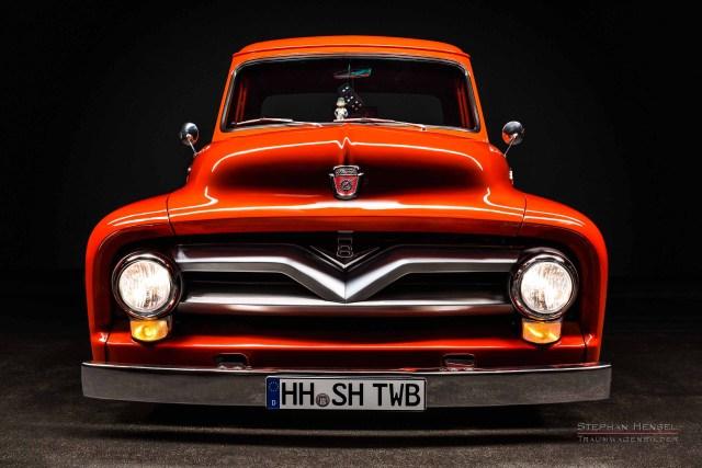Ford F100, Pick-Up Truck, von vorn. Autofotografie: Stephan Hensel, Hamburg, Oldtimerfotograf, Oldtimerfotografie
