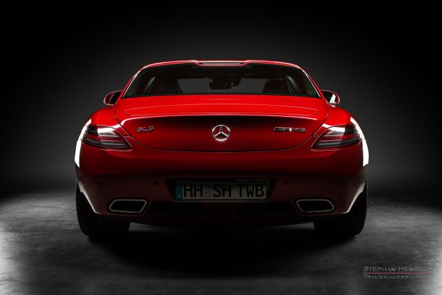 Mercedes-Benz AMG SLS, 2011, Studioaufnahme, Heckansicht, Autofotografie: Stephan Hensel, Hamburg, Oldtimerfotograf, Autofotograf, Automobilfotograf