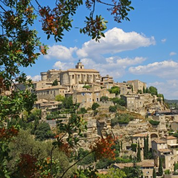 You would love to be a country bumpkin in Provence!