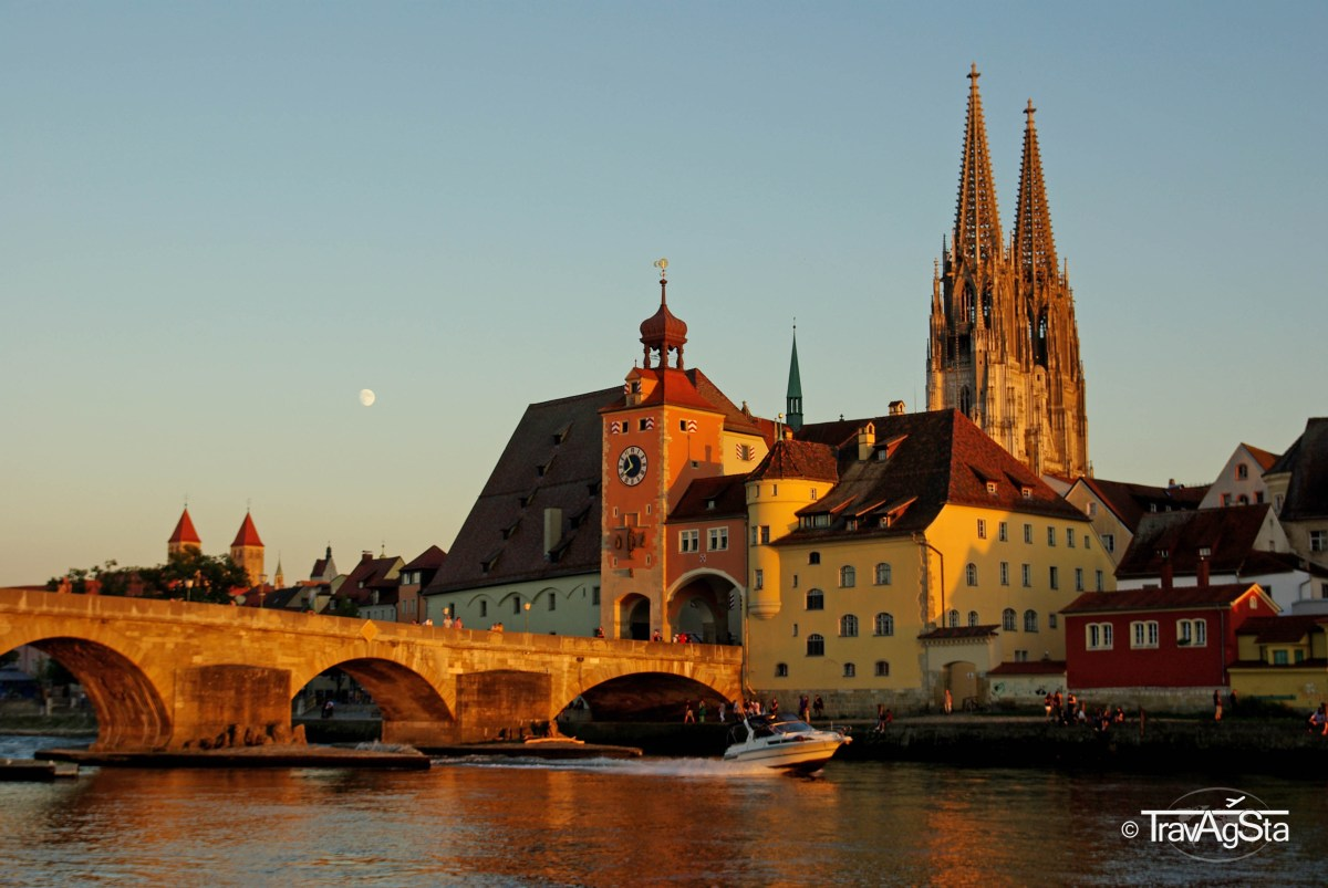 regensburg sightseeing in italy s most northern city travagsta. Black Bedroom Furniture Sets. Home Design Ideas