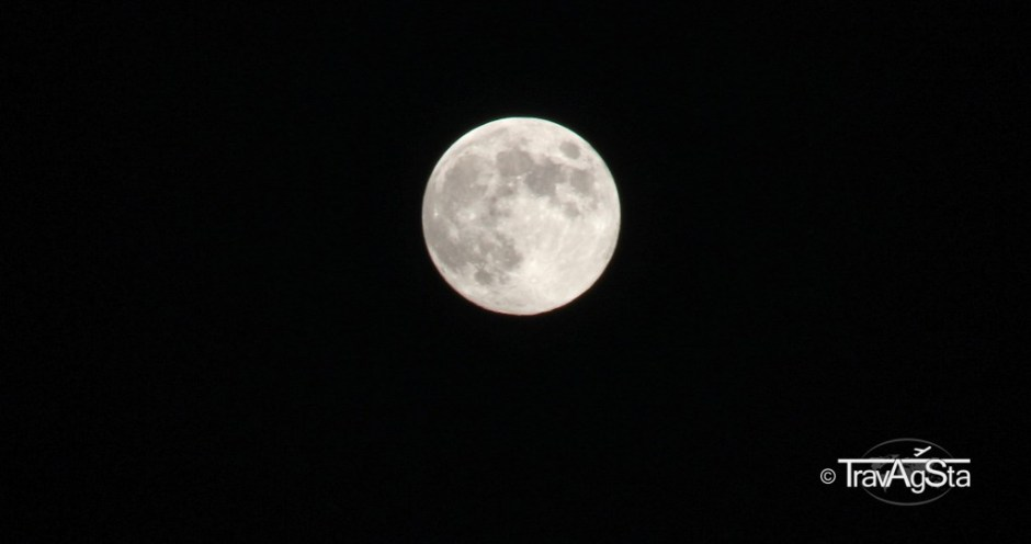 Full moon on Sardinia II