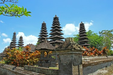Pura Taman AyunRoyal Temple of Mengwi (6)t