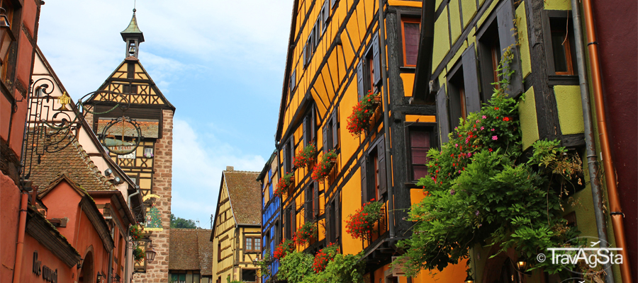 Riquewihr – The Alsatian model village!