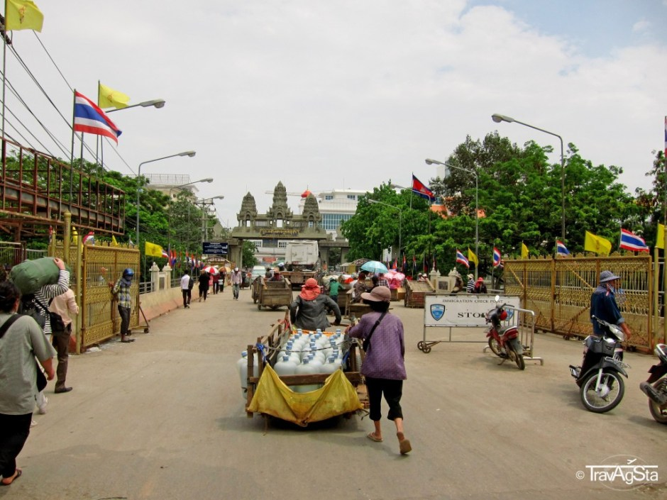 Border to Cambodia