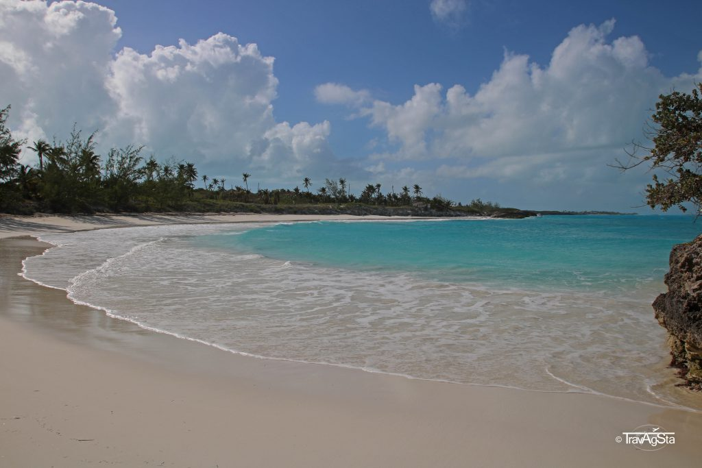Pretty Molly Bay, Little Exuma, The Bahamas