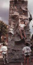 location de murs d'escalade mobiles, ou acheter un mur d'escalade mobile, grimpe, grimpe sur mur d'escalade, combien coute un mur d'escalade mobile