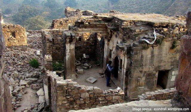 places to visit around Delhi