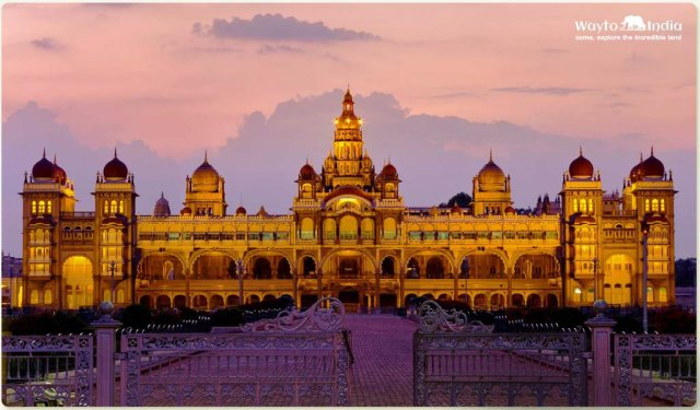 Historical Places in South India : Mysore Palace