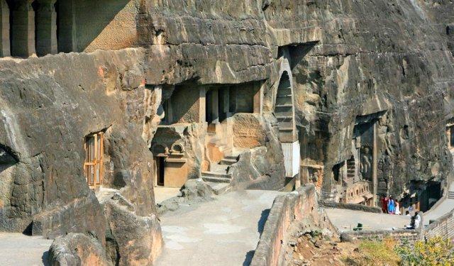 Trip Places In Maharashtra : Caves at Ajanta and Karjat