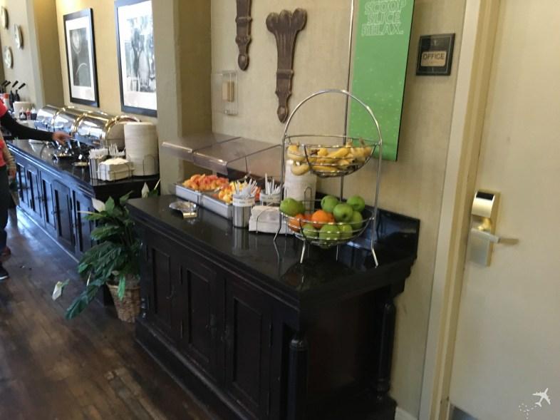 Obst Frühstück - Hampton Inn & Suites New Orleans-Convention Center