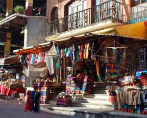 Mexico's Fift Avenue is teeming with colors and activity