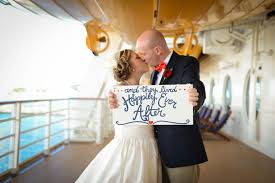Couple kissing after their wedding onboard a Disney Cruise