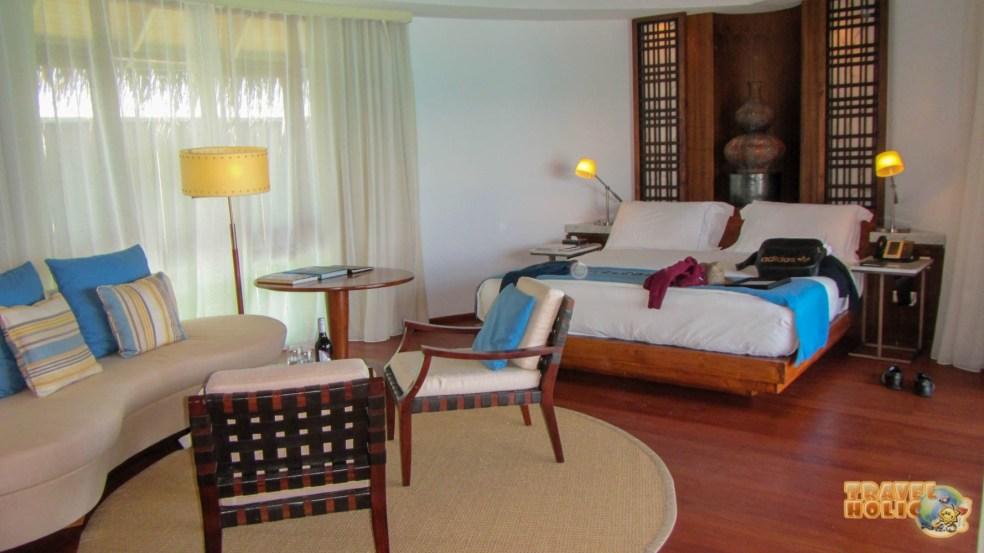 Chambre de la water villa, Constance Halaveli, Maldives