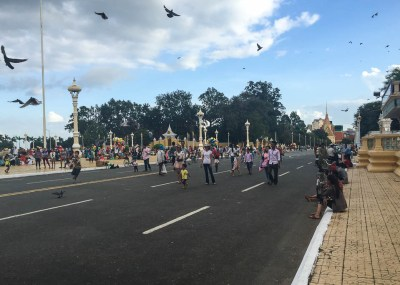 Phnom Penh Water Festival Presidential Palace crowds