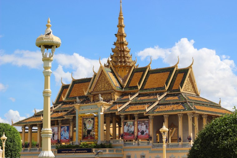5 Fun & Weird Things to Do in Phnom Penh - Travel Lush