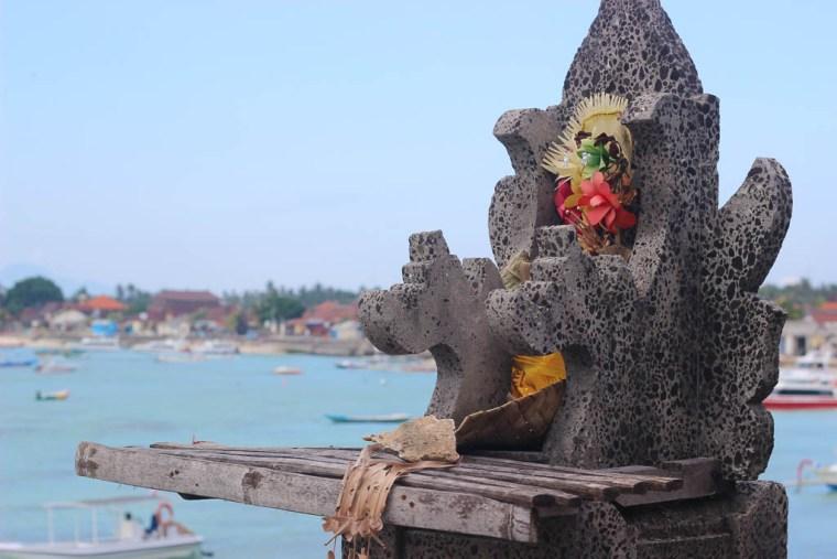 village-nusa-lembongan-balinese-shrine-1-of-1