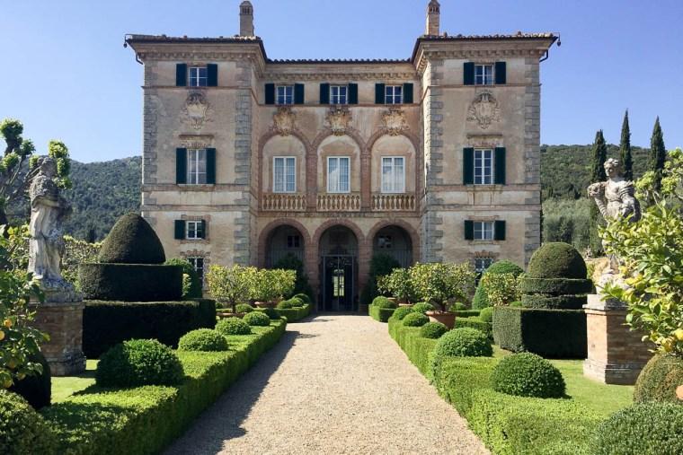 villa-cetinale-1