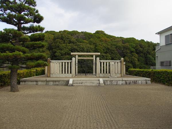 白鳥陵古墳(日本武尊陵)