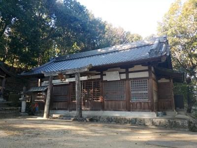 鴨習太神社の拝殿