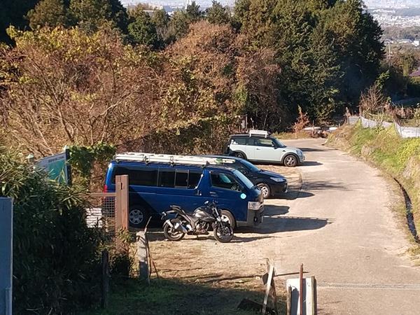 上赤阪城跡の駐車場