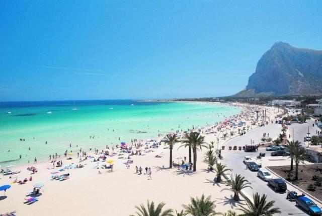 Песчаные пляжи Сан Вито Ло Капо. Сицилия. Италия.