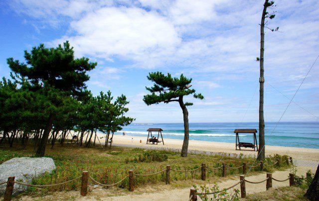 Korean Beaches: Gaga for Gyeongpodae