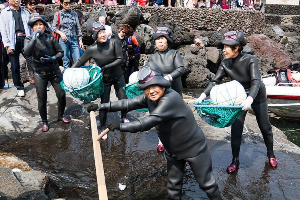 Haenyeo: Jeju's Amazing Free-diving Grandmothers