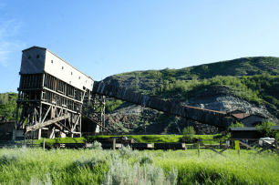 things to do in drumheller, drumheller attractions, drumheller with kids, atlas coal mine