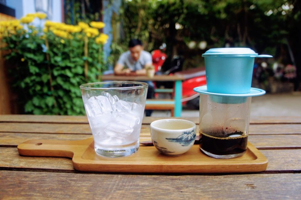 unique things to do in hoi an: drink vietnamese coffee