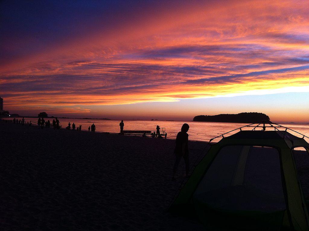 beaches in Korea | muchangpo beach on the west coast