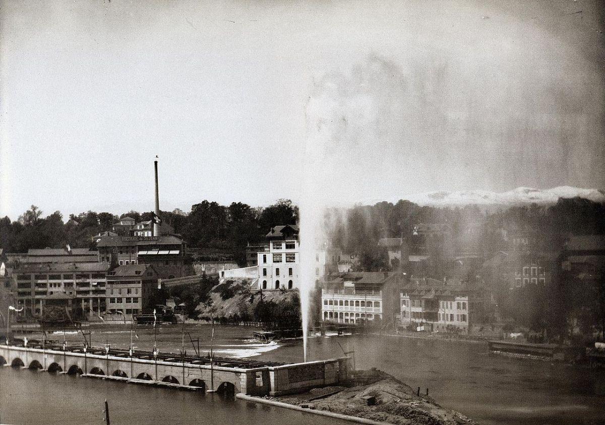 Первый фонтан Же-До (Jet d'eau) в Женеве, установленный на месте бывшей гидроэлектростанции