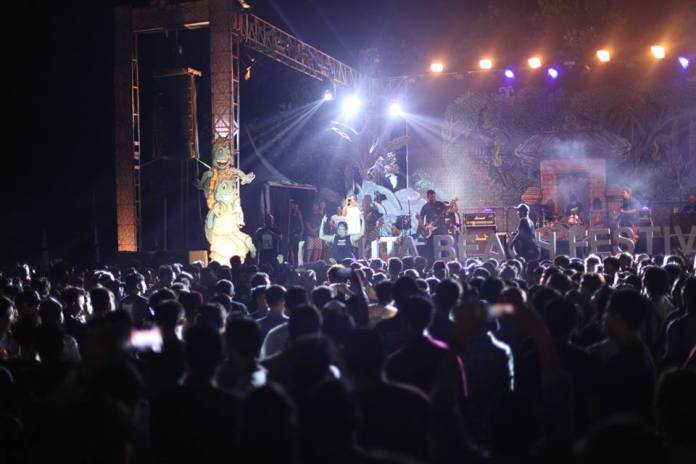 In October, the lively beach resort of Kuta will become draped in colour and filled with music. Image: www.facebook.com/pg/kutabeachfestival