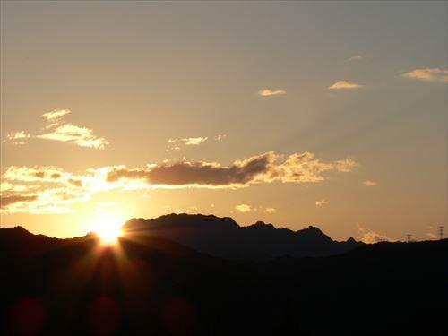宝登山ロープウェイ『夕やけ観賞便』☆紅葉に染まる秩父連山に沈む夕日